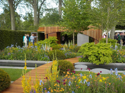 The Homebase Garden GOLD Designed by: Adam Frost Built by: Bespoke Outdoor Spaces Sponsored by: Homebase